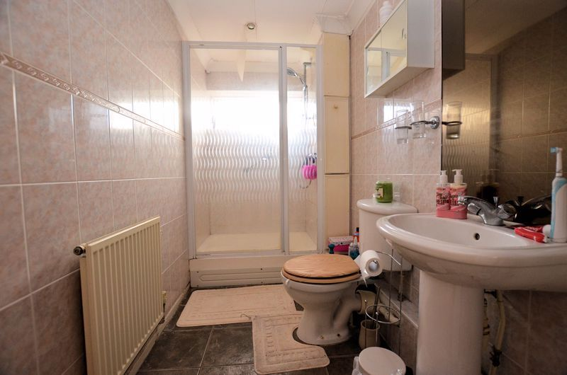 1 bed flat for sale in Malpas Drive  - Property Image 6