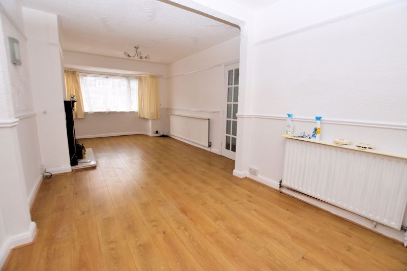 3 bed house for sale in Lewis Road  - Property Image 5