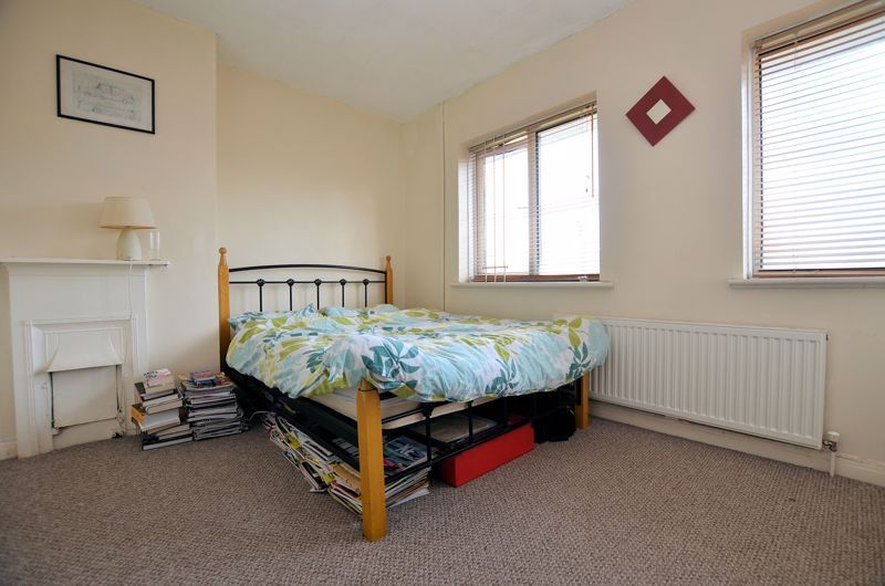 2 bed house for sale in Bolney Road 6