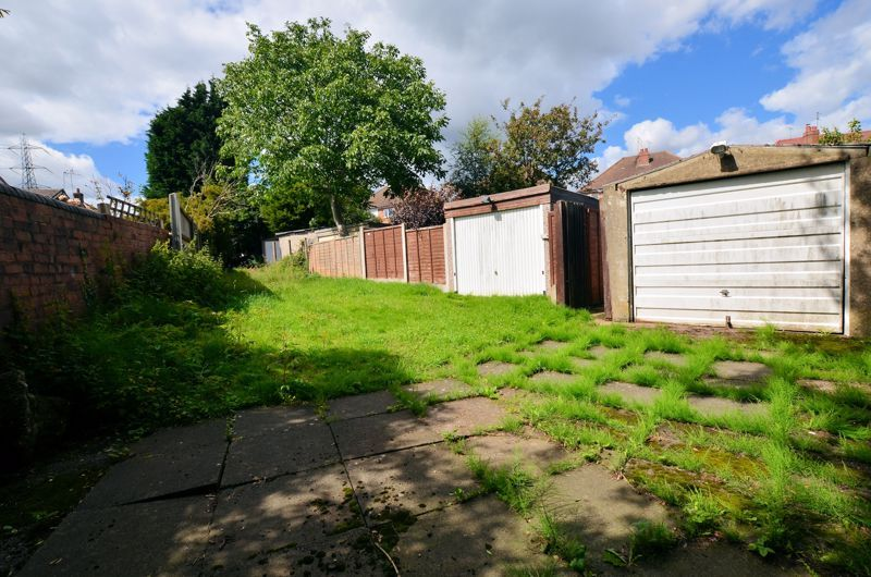 3 bed house for sale in Ridgacre Road West 14