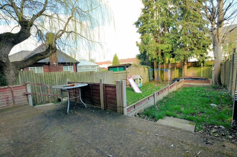 4 bed house for sale in Bond Street 4