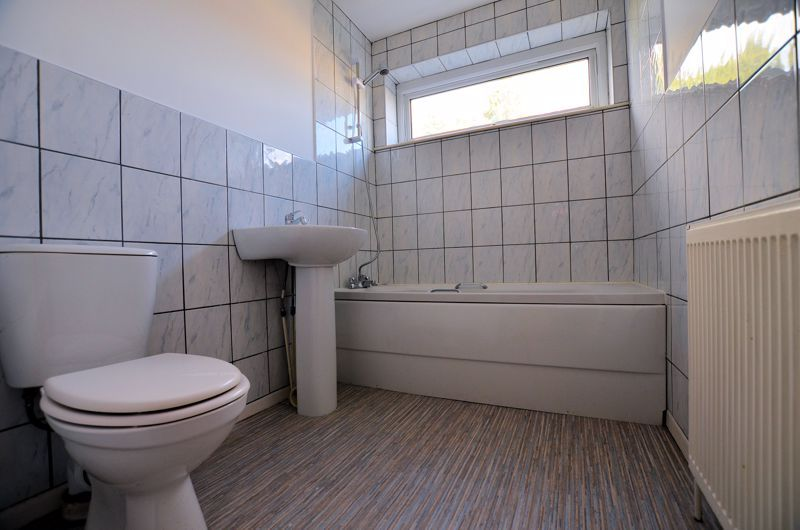 4 bed house for sale in Bond Street 7