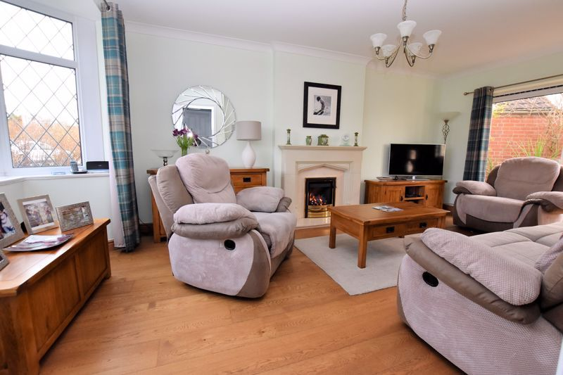 3 bed house for sale in Narrow Lane 3