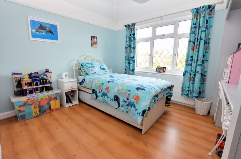 3 bed house for sale in Narrow Lane 9