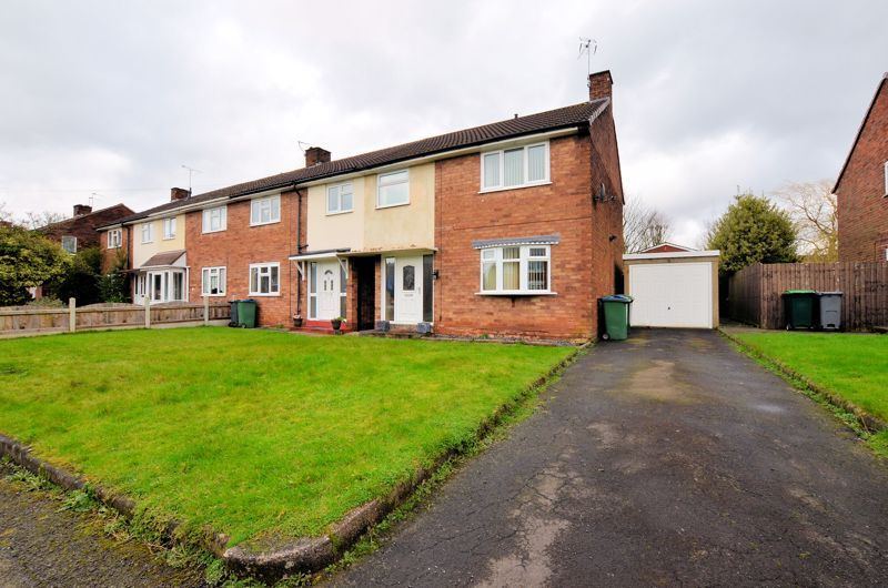 3 bed house for sale in Brook Road - Property Image 1
