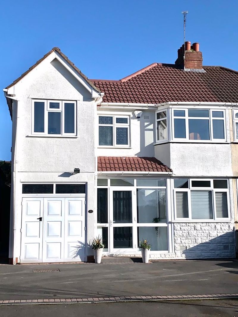 3 bed house for sale in Weymoor Road  - Property Image 2