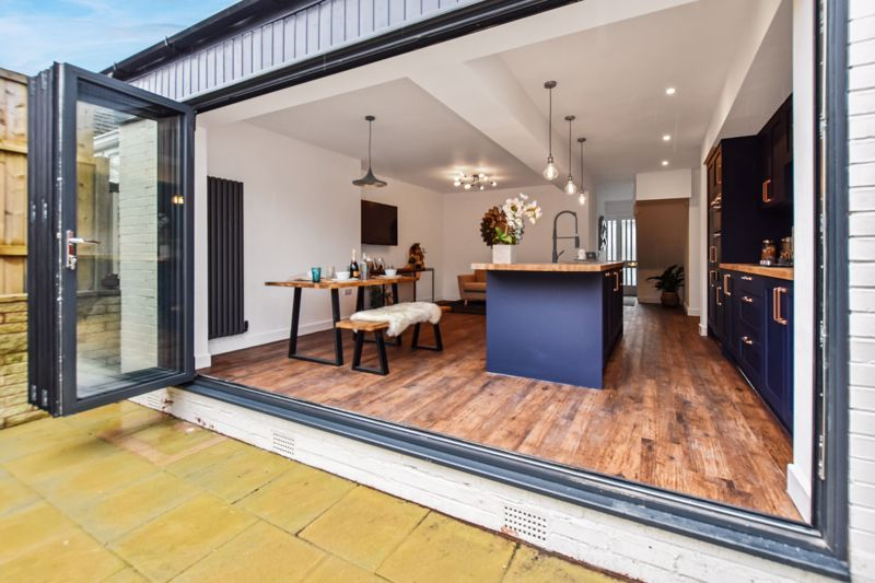 3 bed house for sale in Weymoor Road 19