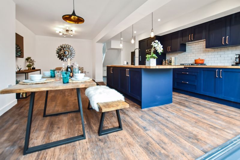 3 bed house for sale in Weymoor Road  - Property Image 3