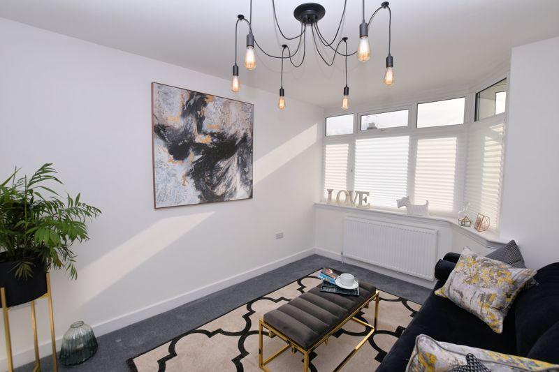 3 bed house for sale in Weymoor Road 4