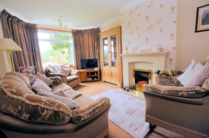 3 bed house for sale in Conway Avenue  - Property Image 2