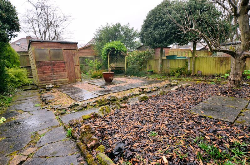 3 bed house for sale in Conway Avenue 9