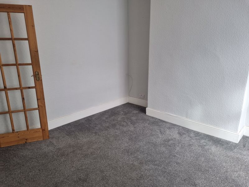 2 bed house to rent in Selsey Road 9