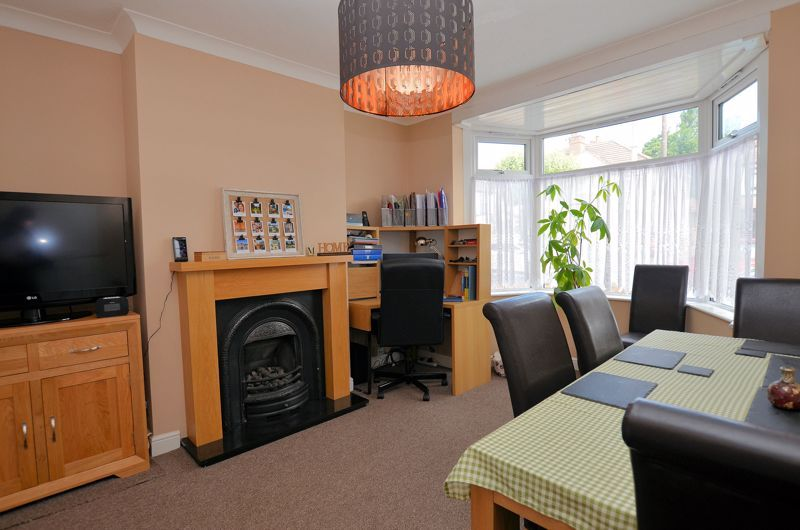 3 bed house for sale in Castle Road West 2