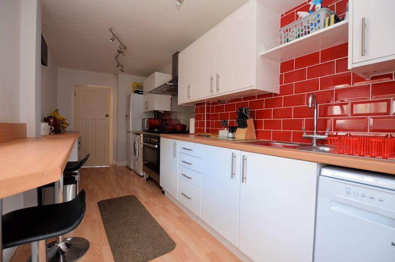 3 bed house for sale in Castle Road West  - Property Image 11