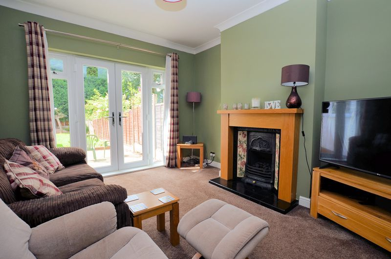 3 bed house for sale in Castle Road West  - Property Image 3