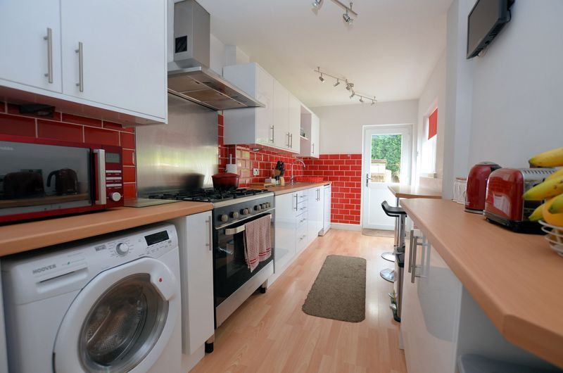 3 bed house for sale in Castle Road West 4