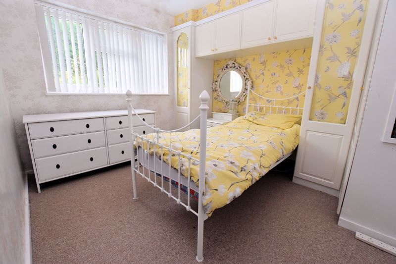 4 bed house to rent in Cornwall Avenue 12