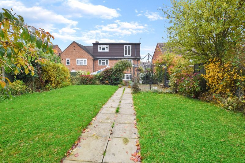 4 bed house to rent in Cornwall Avenue 18
