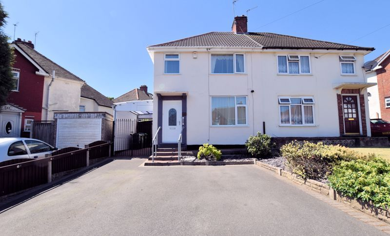 3 bed house for sale in Edmonds Road - Property Image 1