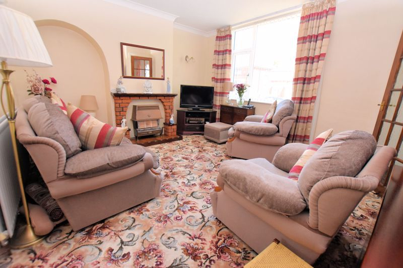 3 bed house for sale in Edmonds Road 2