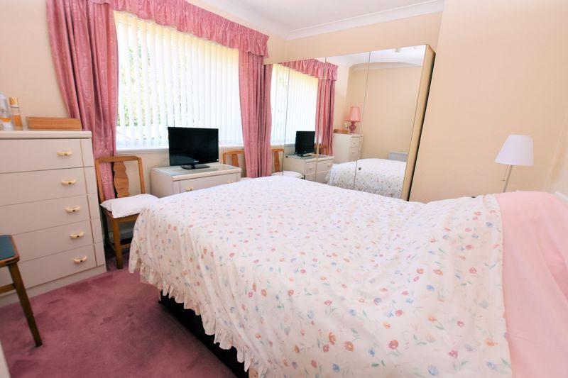 3 bed house for sale in Edmonds Road 6
