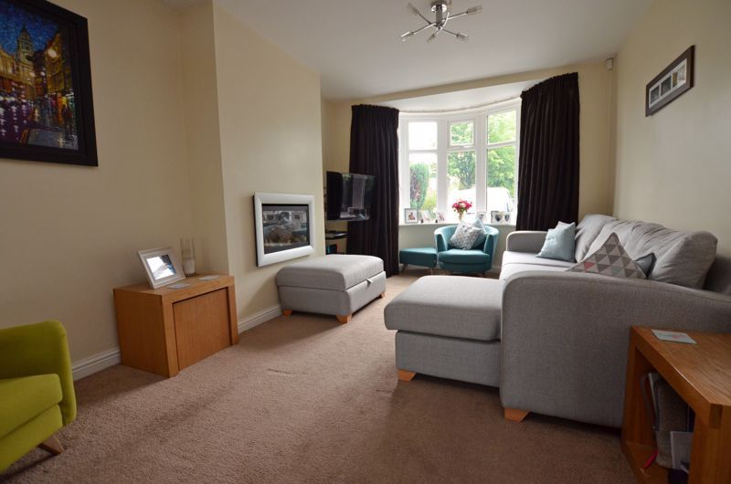3 bed house for sale in Ridgacre Road  - Property Image 2