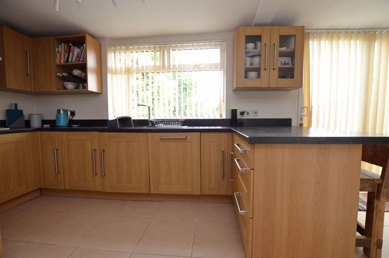 3 bed house for sale in Ridgacre Road  - Property Image 13
