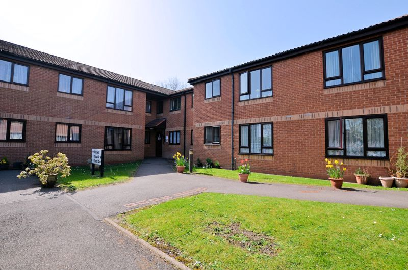 2 bed flat for sale in Hagley Road West - Property Image 1