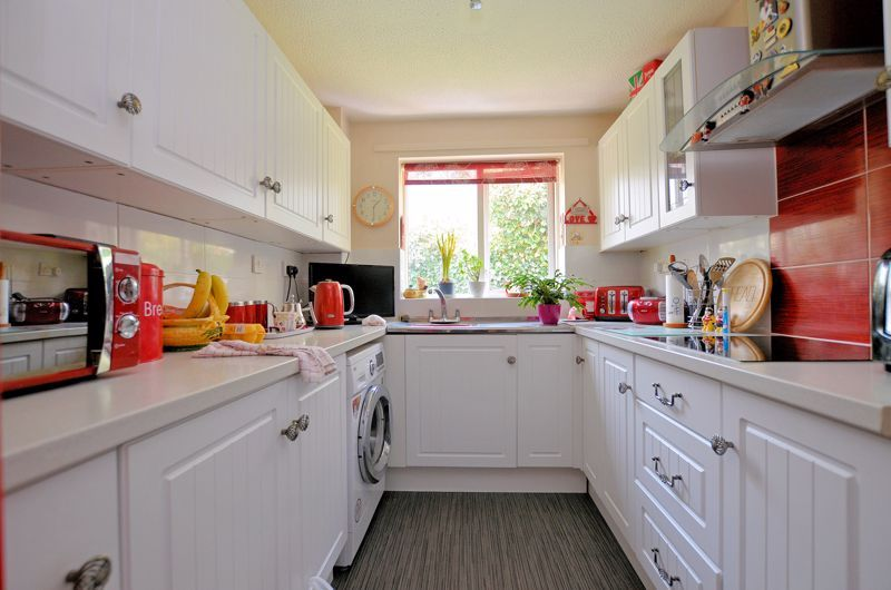 2 bed flat for sale in Hagley Road West  - Property Image 3