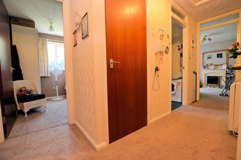 2 bed flat for sale in Hagley Road West  - Property Image 5
