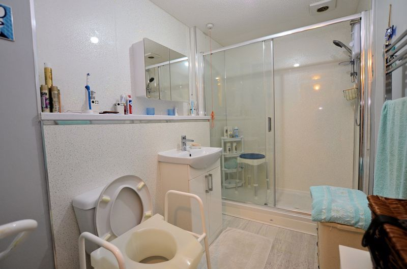 2 bed flat for sale in Hagley Road West  - Property Image 8