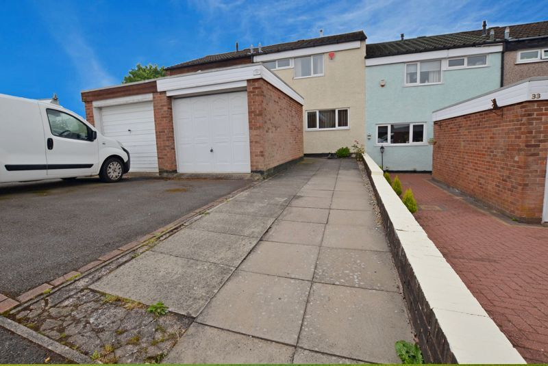 3 bed house for sale in Malpas Drive 1