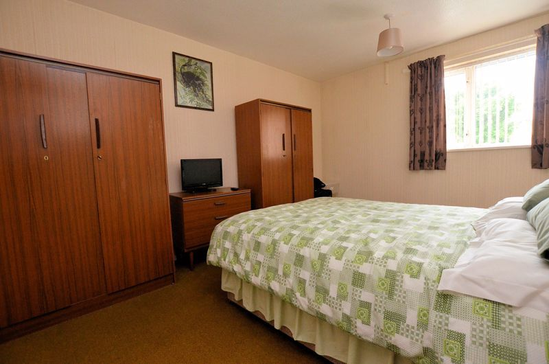3 bed house for sale in Malpas Drive  - Property Image 5