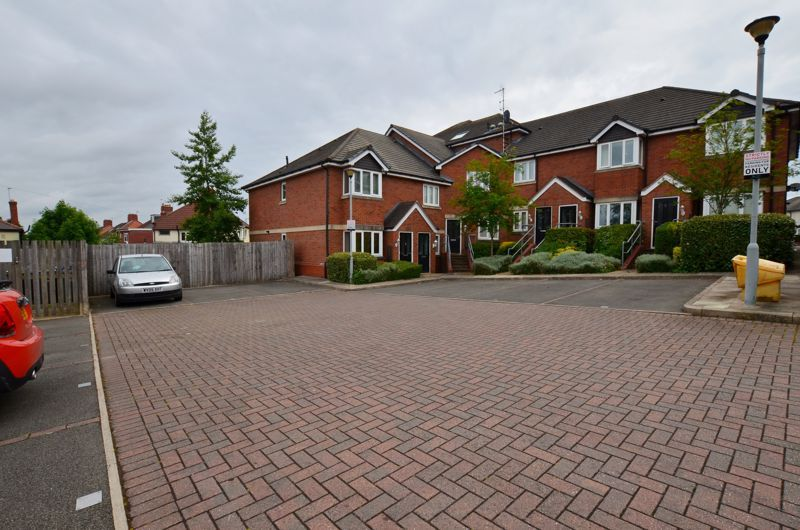 2 bed flat for sale in Bristnall Hall Road  - Property Image 8