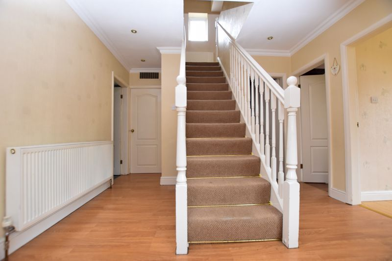4 bed house for sale in Pound Road  - Property Image 3
