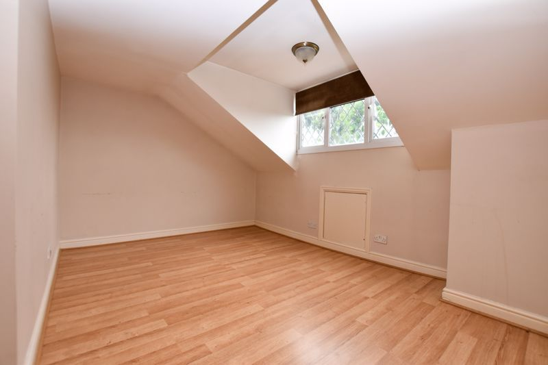 4 bed house for sale in Pound Road  - Property Image 10