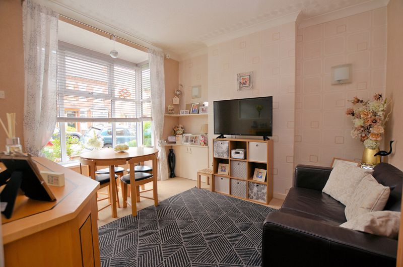 2 bed house for sale in Loxley Road 2