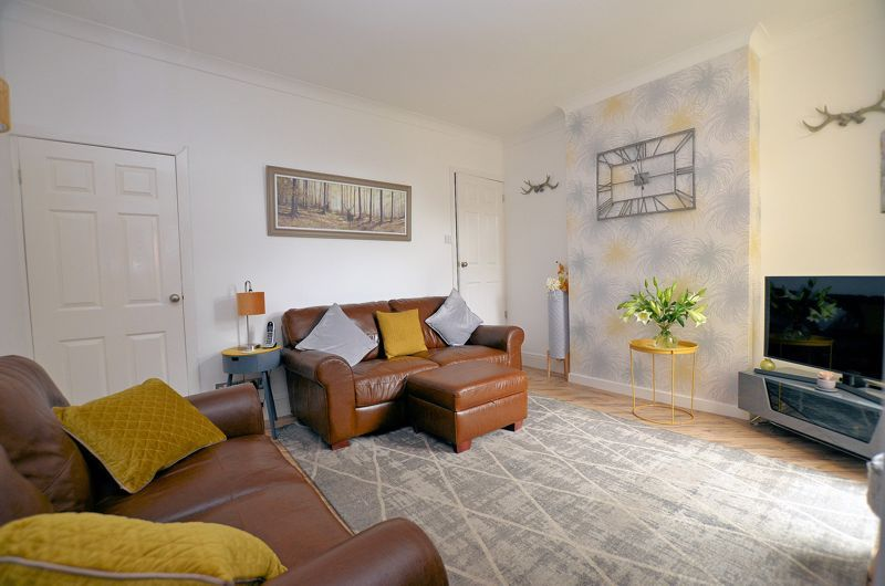 2 bed house for sale in Loxley Road 11