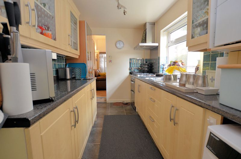 2 bed house for sale in Loxley Road 12
