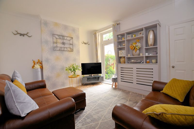 2 bed house for sale in Loxley Road  - Property Image 3