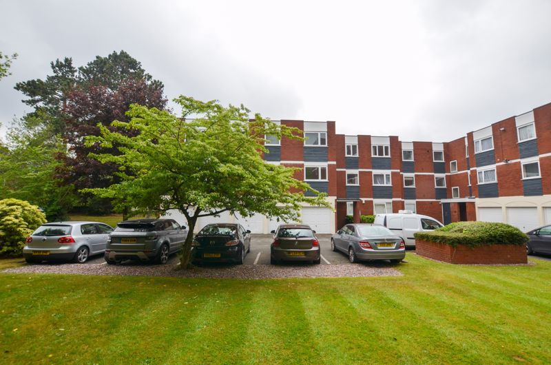 2 bed flat to rent in 291 Hagley Road 1