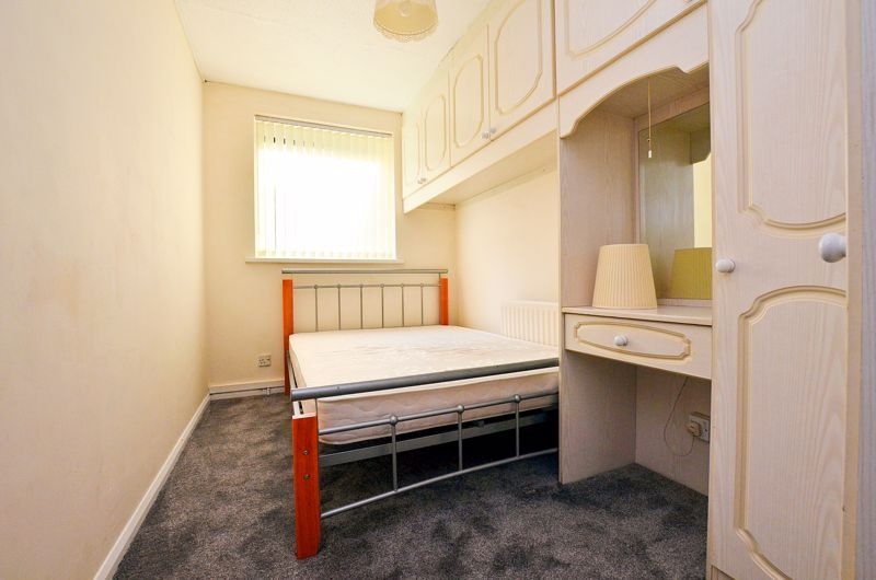 2 bed flat to rent in 291 Hagley Road 5