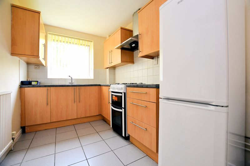 2 bed flat to rent in 291 Hagley Road 6
