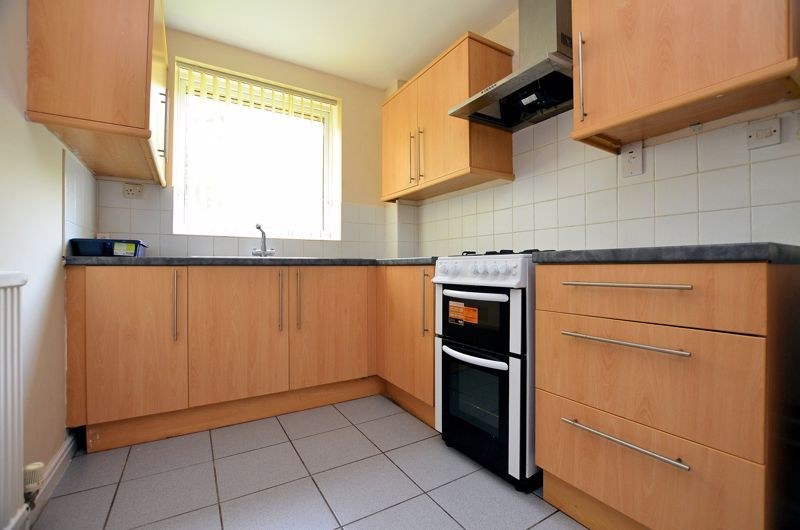 2 bed flat to rent in 291 Hagley Road 9