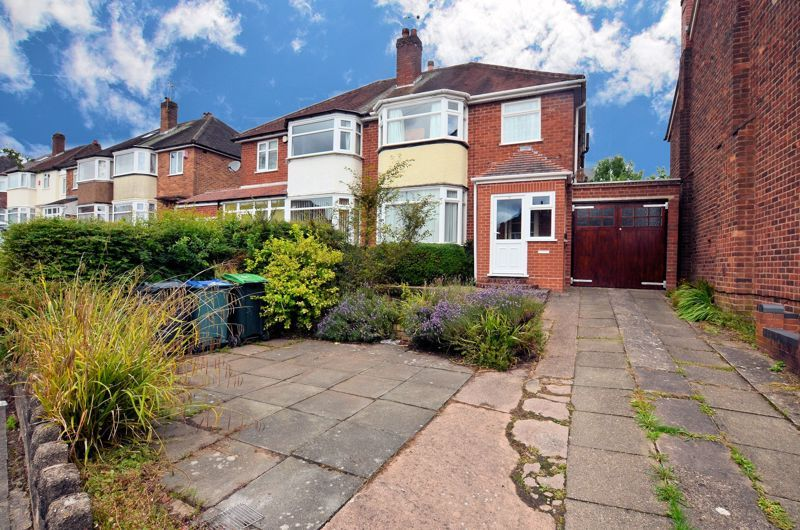 3 bed house for sale in Apsley Road, B68