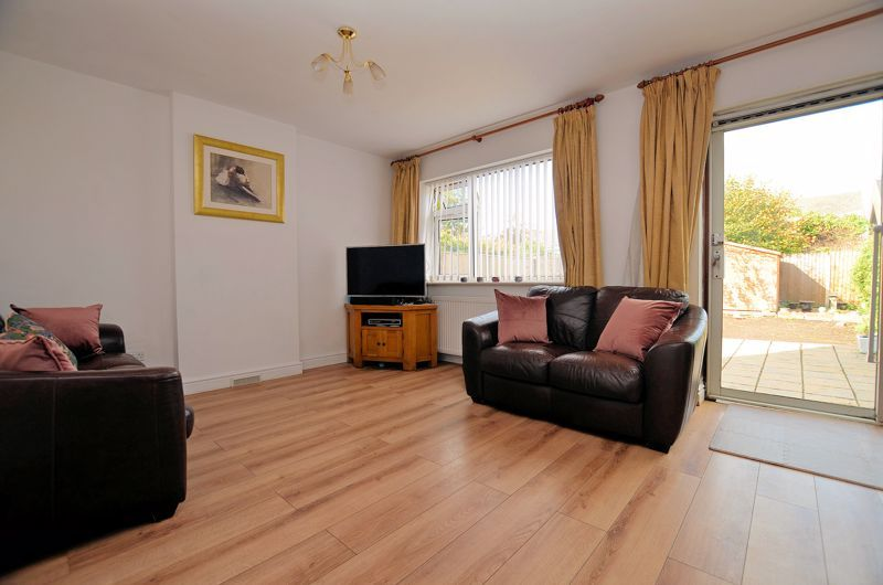 3 bed house for sale in Bissell Street 2