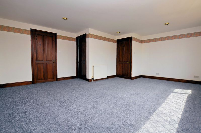 4 bed house for sale in Newlands Drive  - Property Image 14