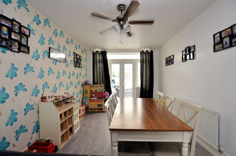 5 bed house for sale in Ridgacre Road 3