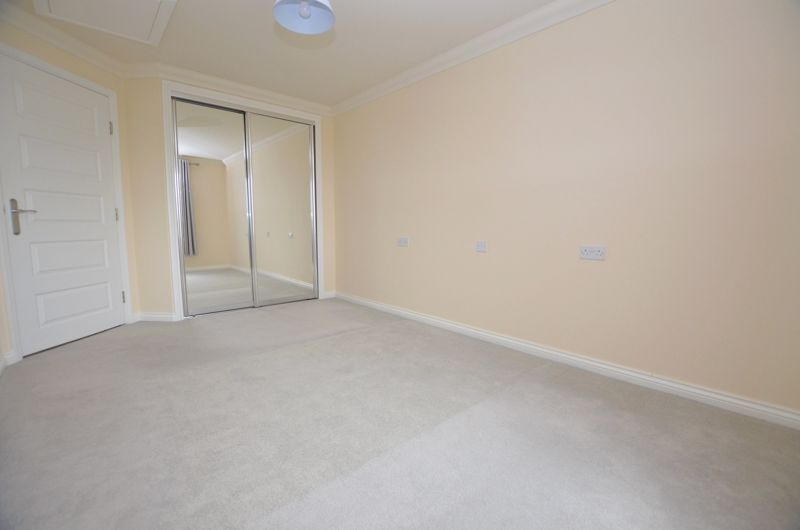 1 bed  for sale in Quinton Lane 5