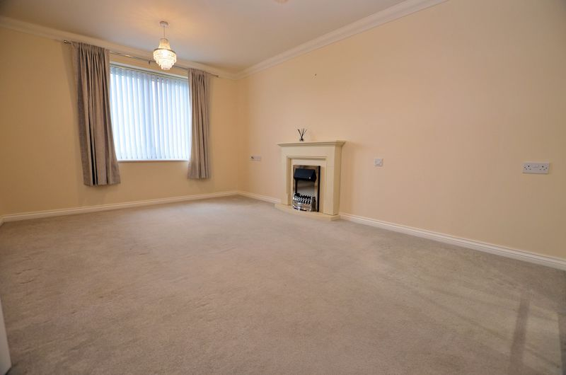 1 bed  for sale in Quinton Lane 6